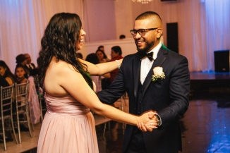 groom dances with maid of honor